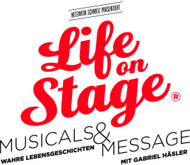 "Life on stage <span class=""fotografFotoText"">(Foto:&nbsp;Guido&nbsp;Jutzi)</span><div class='url' style='display:none;'>/kg/lyss/</div><div class='dom' style='display:none;'>kirchenregion-aarberg.ch/</div><div class='aid' style='display:none;'>54</div><div class='bid' style='display:none;'>15592</div><div class='usr' style='display:none;'>48</div>"